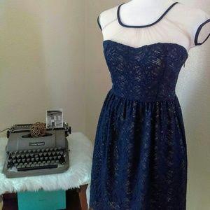 Modcloth Yellow Star Blue Lace Dress Size Lg EUC💖